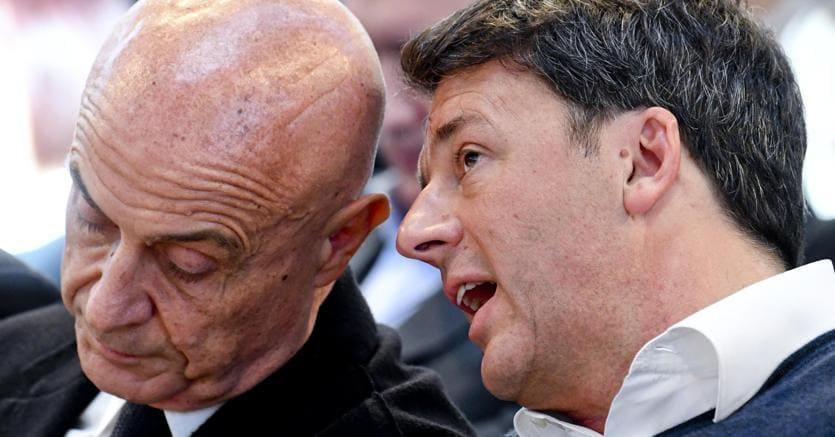Il ministro Minniti e Matteo Renzi alla conferenza programmatica del Pd nel museo di Petrarsa a Portici (Na). (Ansa)