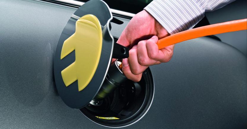Enel, a Lucca prima rete ricarica urbana per auto elettriche