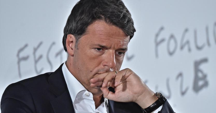 Il tour di Renzi riparte da Trieste. E firma per salvare il Tram