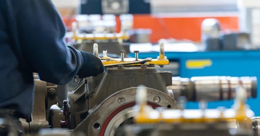 La produzione industriale cala dell'1,3% a settembre, +2,4% su base annua
