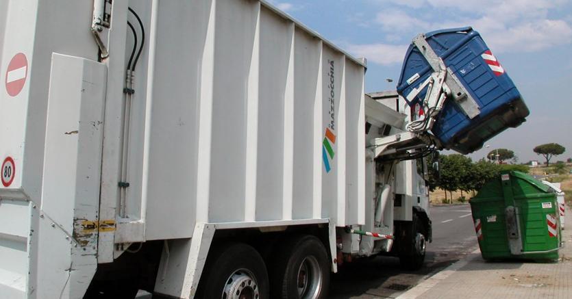Tassa sui rifiuti gonfiata per errore: per anni l'abbiamo pagata il doppio!