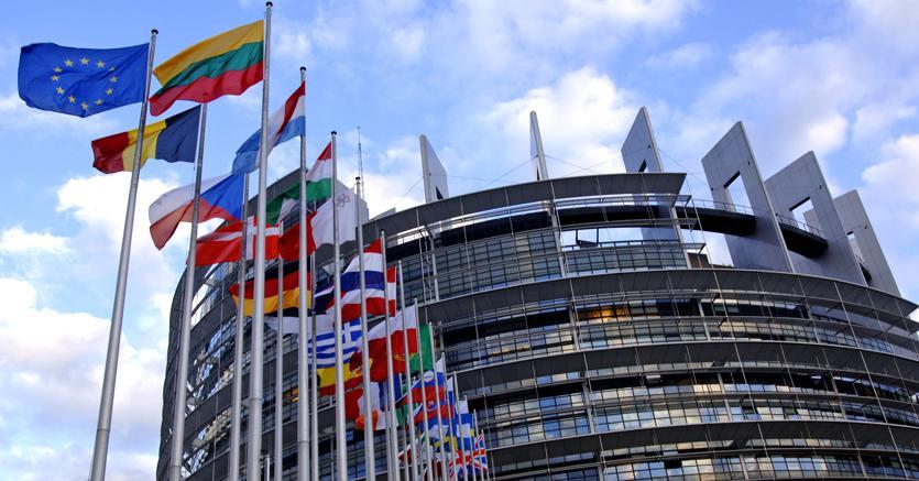 Ue: 23 Paesi firmano per Difesa comune