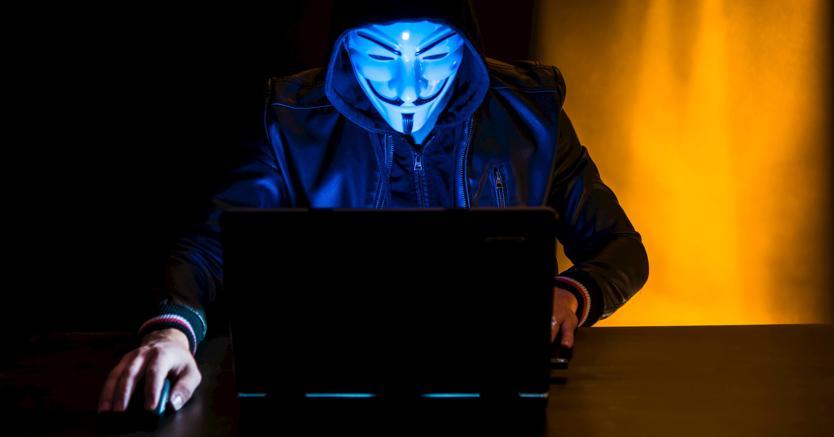 Anonymous sottrae centinaia di file a istituzioni italiane e europee