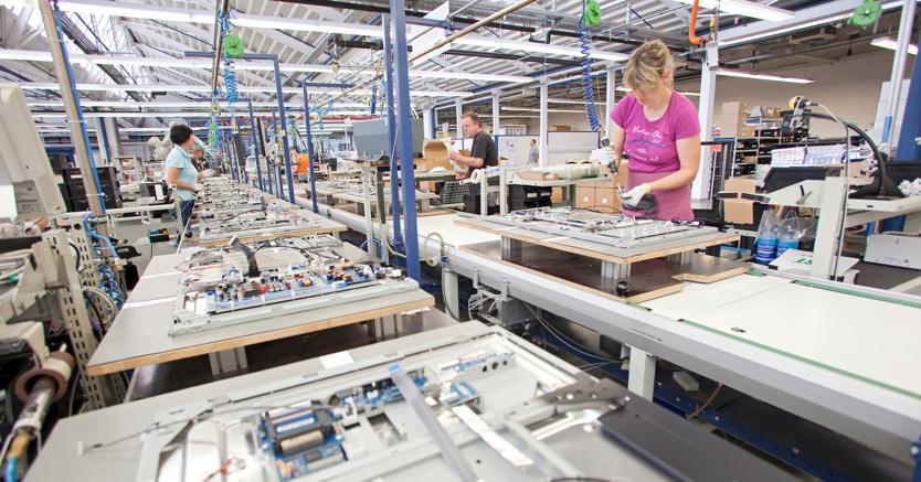 Istat: cala la fiducia tra famiglie e aziende