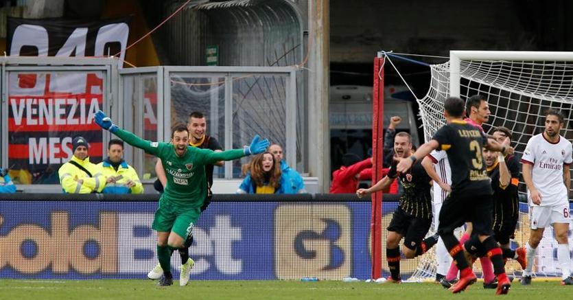 Brignoli esulta dopo il gol al Milan (Ansa)