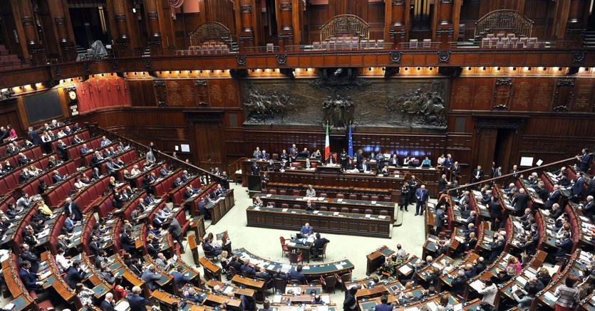 In commissione bilancio della camera 6mila proposte di for Commissione bilancio camera