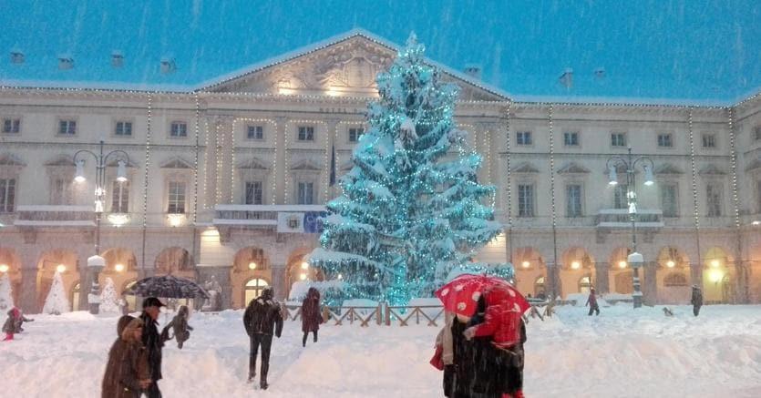 Neve ad Aosta (Ansa)
