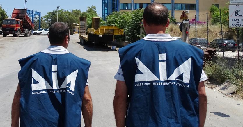 Camorra, blitz a Napoli: arrestate sorella e cognate boss Zagaria