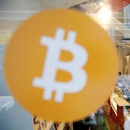 Il Bitcoin  è cresciuto del 1.500% nell'arco di un anno (Reuters)