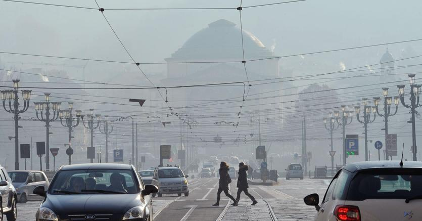 Milano, blocco auto diesel