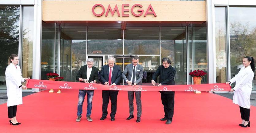 L'inaugurazione della fabbrica hi tech di Omega