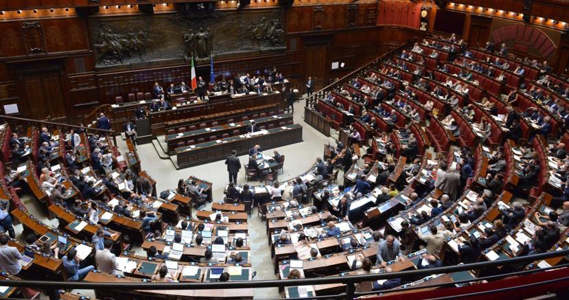 Nella legislatura chiesti 108 voti di fiducia il sole 24 ore for Camera deputati web