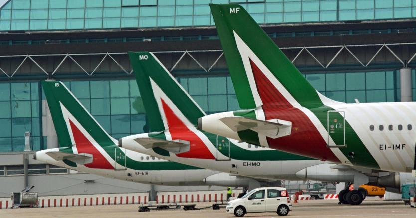 Alitalia, settimana decisiva: ci sono tre offerte sul piatto