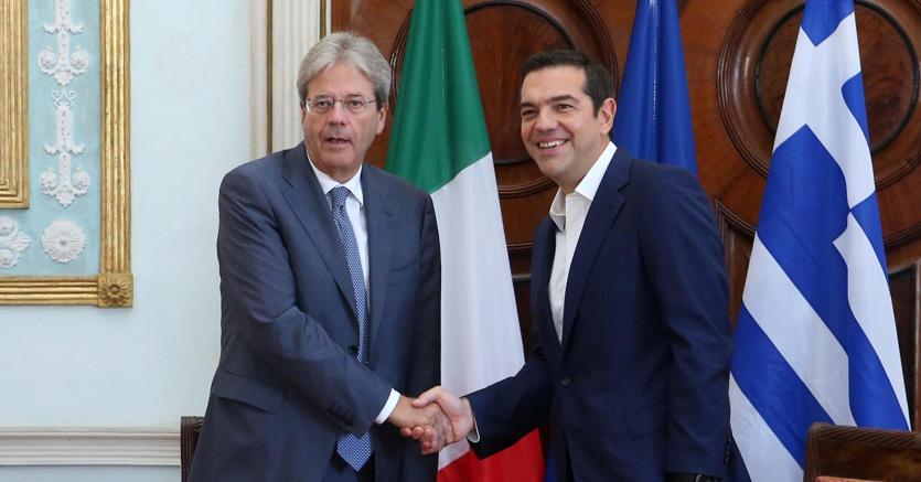 L'incontro tra Gentiloni e Tsipras a Corfù nel settembre del 2017