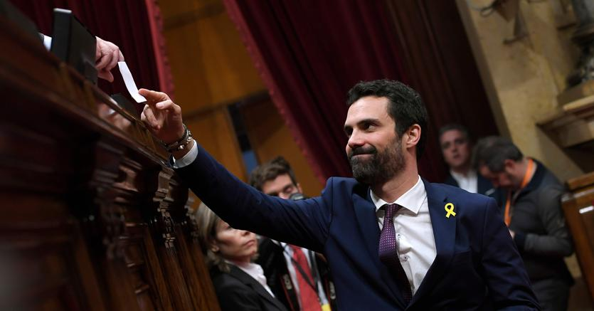 Catalogna: Puigdemont, posso governare da Bruxelles