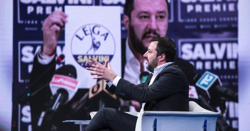 """Il segretario nazionale della Lega Nord, Matteo Salvini, durante la trasmissione Rai """"Porta a Porta"""" (Ansa)"""