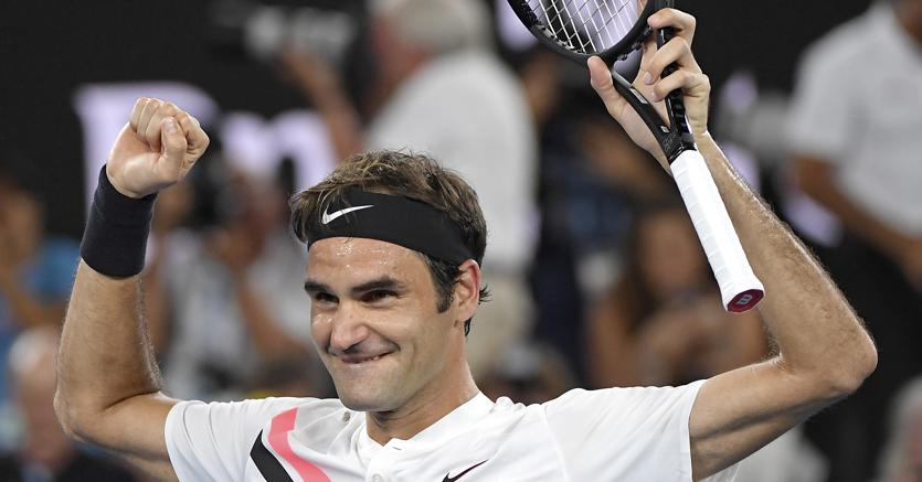 Roger Federer sopo il trionfo agli Australian Open (Ap)