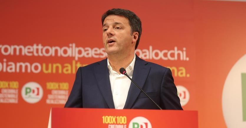 Matteo Rebzi presenta il programma del  Pd all'Opificio Golinelli a Bologna (Ansa)
