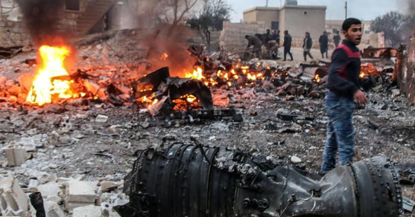 Siria, abbattuto jet russo: ucciso il pilota