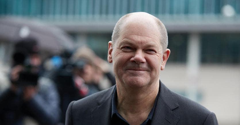 Olaf Scholz  (ANSA/HAYOUNG JEON)