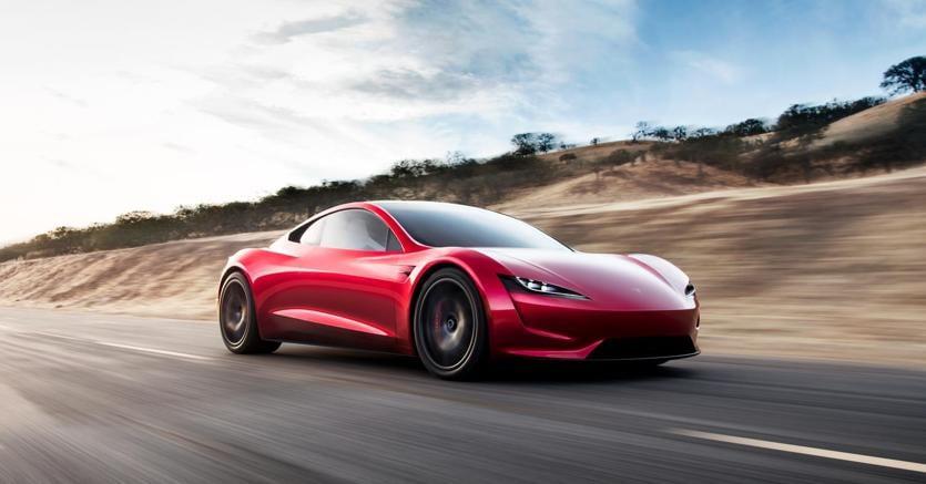 La Tesla Roadster di Elon Musk viaggia verso la fascia di asteoroidi
