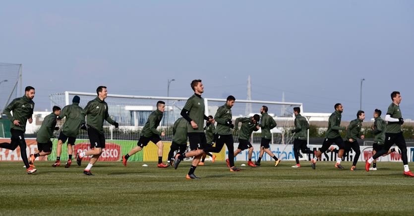 La Juventus  in allenamento (Reuters)