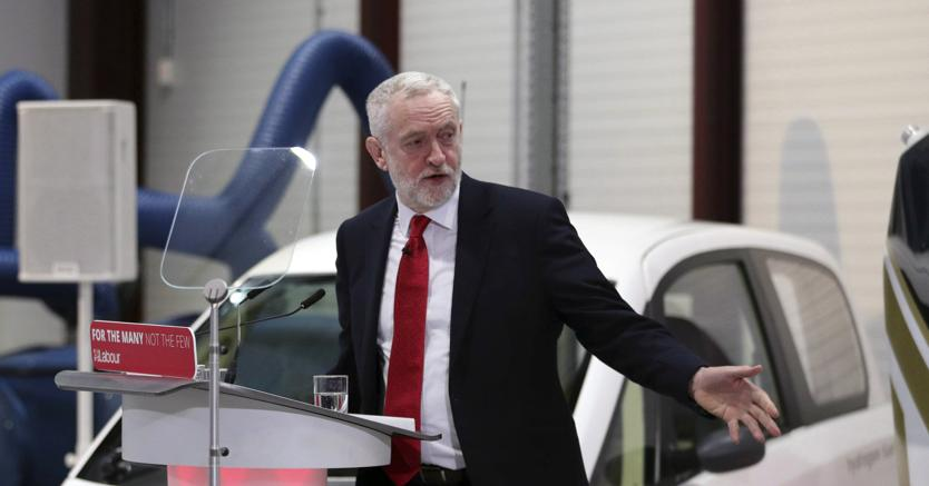 Brexit: Labour pronto a svolta, sì a 'nuova unione doganale'