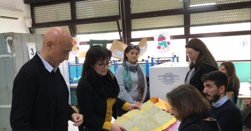 Flop D'Alema e Minniti, ok Renzi, Casini e Padoan in sfide uninominale