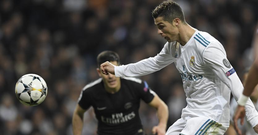 Cristiano Ronaldo in azione nel match di andata Real Madrid - Paris Saint Germain (Afp)