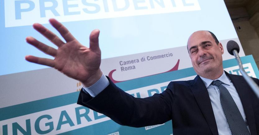 Il presidente della Regione Lazio Nicola Zingaretti ha annunciato che parteciperà alle primarie del Pd (foto Ansa)