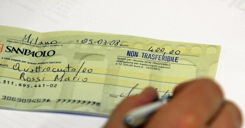 Assegni non trasferibili, attenzione alla maxi-multa