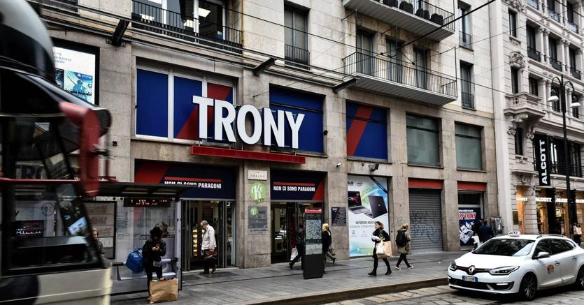 Trony in difficoltà: 43 negozi chiusi, oltre 500 persone senza lavoro