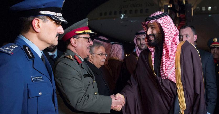 Il principe ed erede al trono saudita Mohammed Bin Salman al suo arrivo a Washington (Reuters)