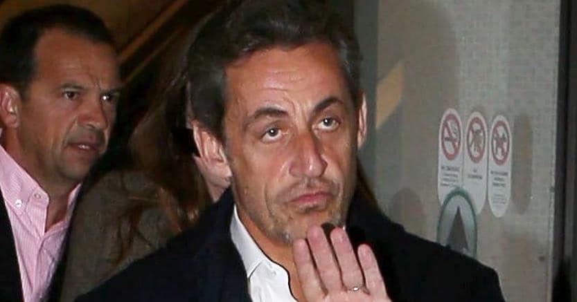 Francia, fermato Nicolas Sarkozy per finanziamenti illeciti dalla Libia