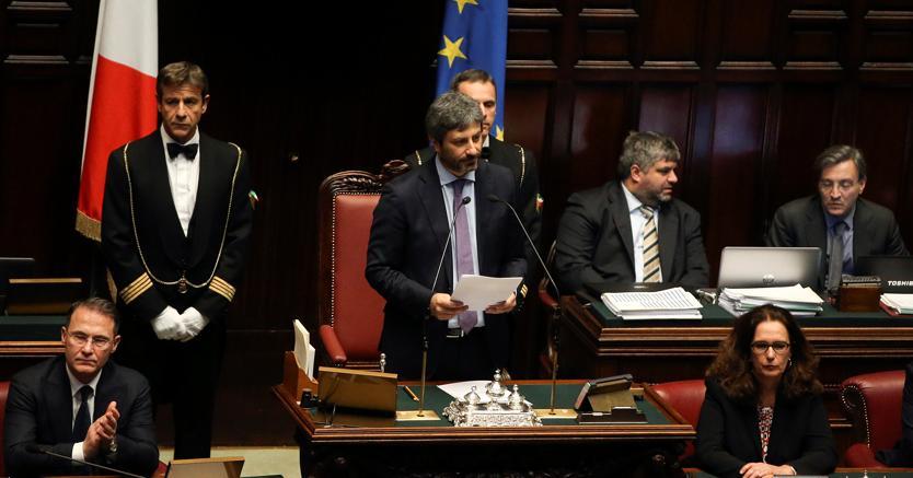 Dalla democrazia diretta alla centralit del parlamento for Diretta dal parlamento