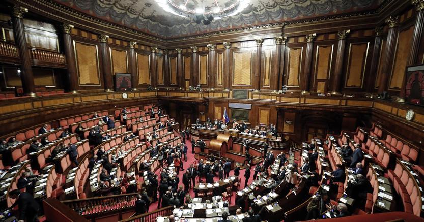 Senato, Crimi (M5S) eletto presidente commissione speciale