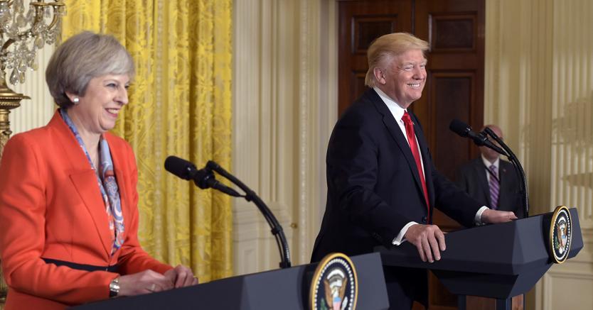 Theresa May con Donald Trump