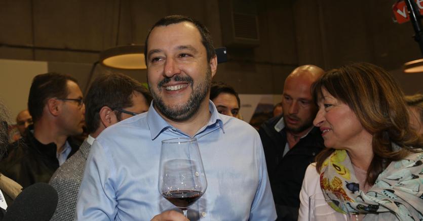 Matteo Salvini all'apertura del Vinitaly 2018 a Verona  (foto Ansa)