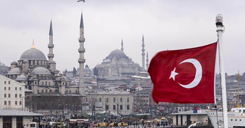 Turchia, Erdogan indice elezioni anticipate al 24 giugno