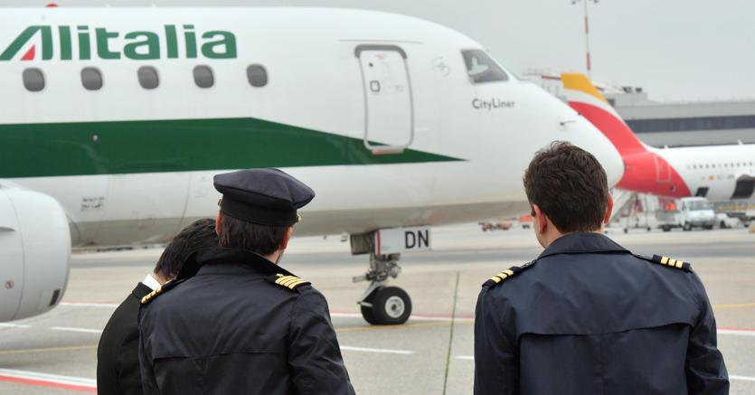 Alitalia, Ue indaga su prestito ponte da 900 mln euro