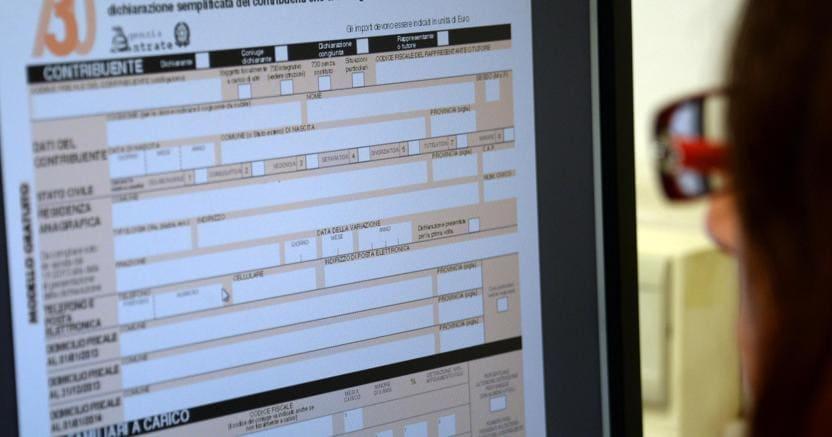 Precompilata, un terzo di accessi in più al 730 online