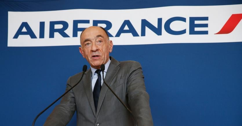 Air France, referendum chiave dopo fallimenti trattative sindacali
