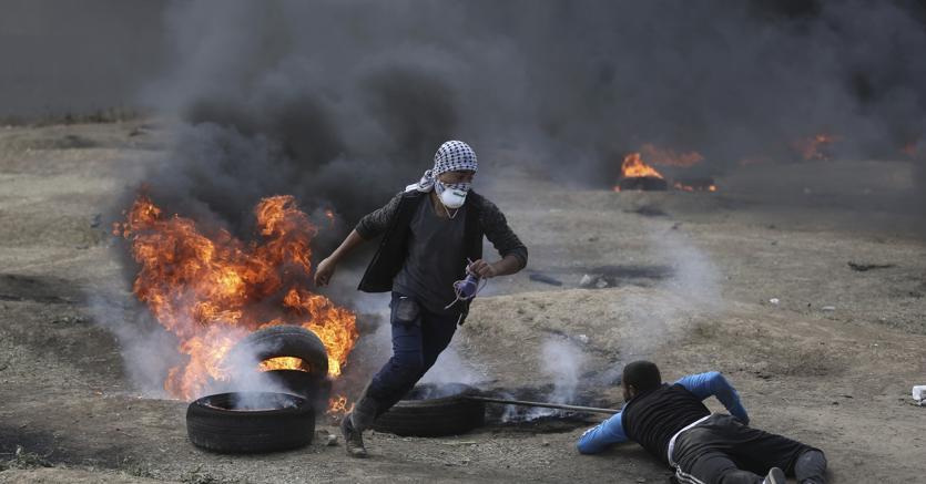 A Gaza esplode la rabbia, oltre 40 palestinesi uccisi