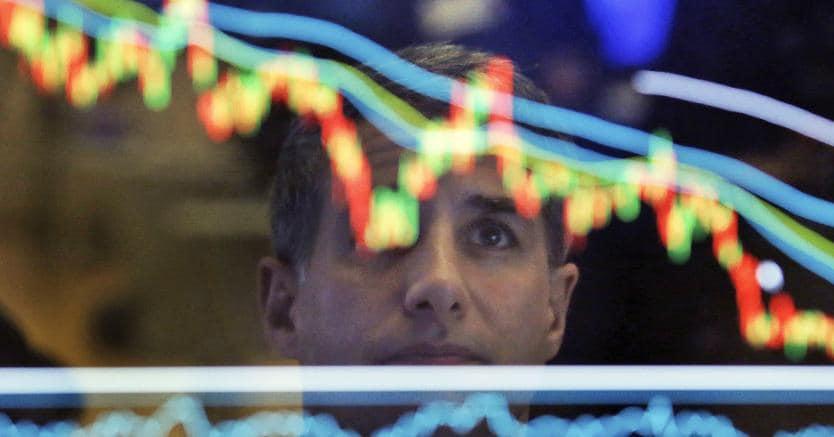 Governo: Tensione sui mercati, spread in netto rialzo