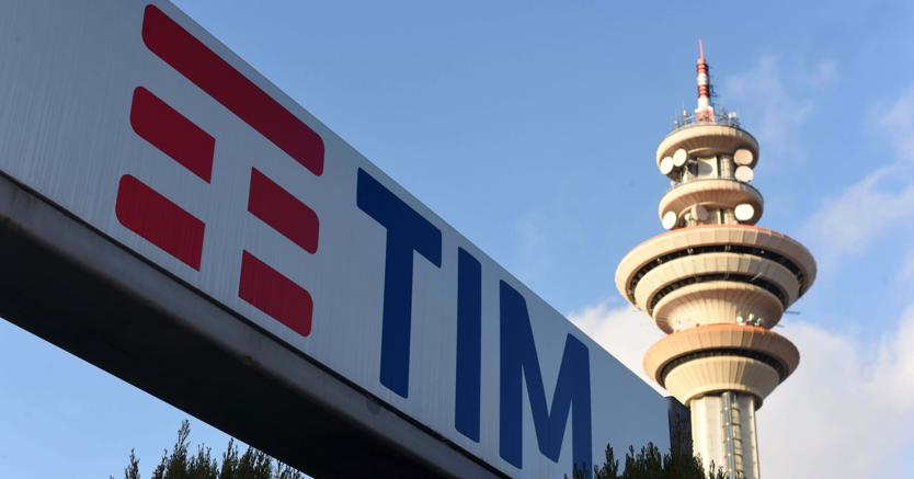 Telecom, raggiunto accordo sugli esuberi: solidarietà per 29.500 lavoratori