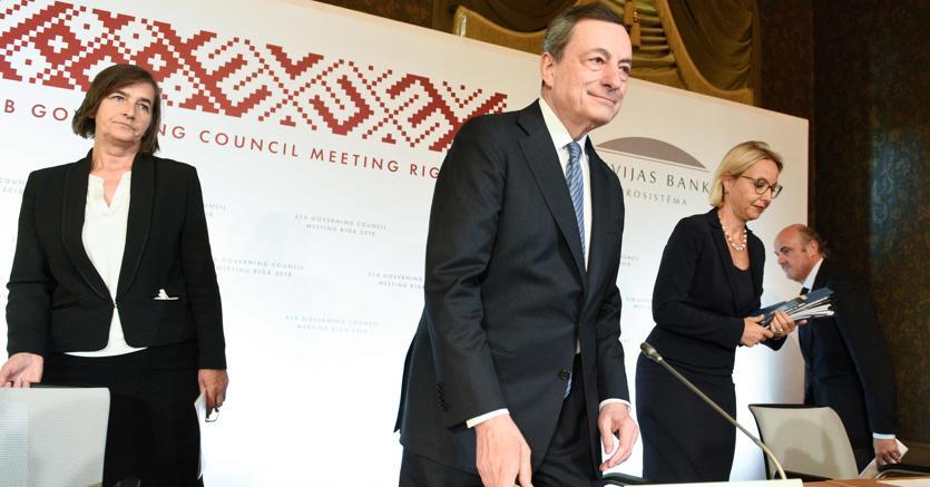 Bce: da gennaio stop ad acquisti Qe