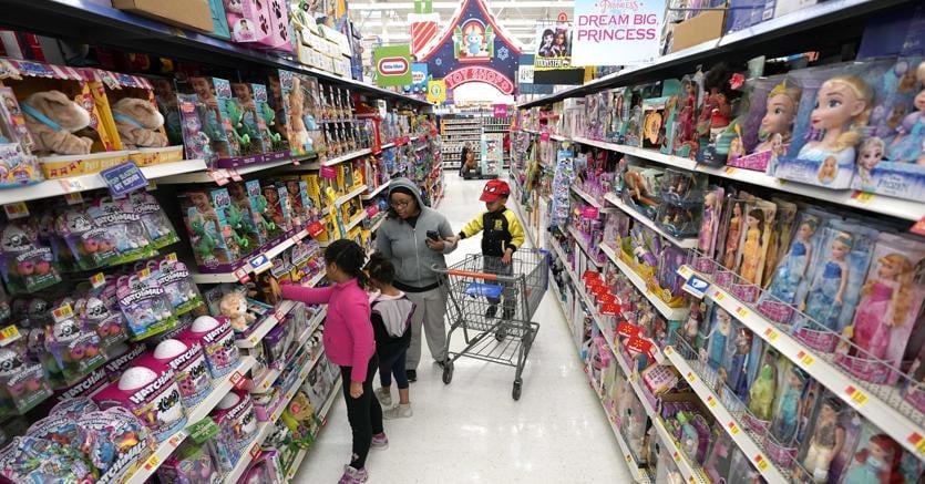 Reparto giocattoli in un  Walmart a Houston (Ap)