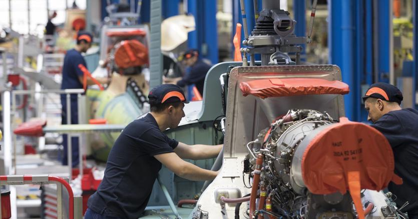 Dicembre da dimenticare per l'industria italiana, che arretra nella produzione, nell'export e ora anche nel fatturato (foto Imagoeconomica)