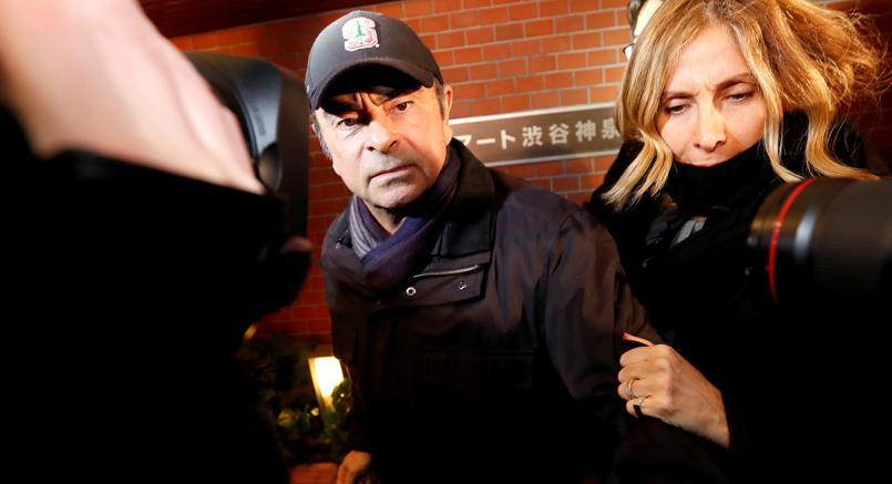 Carlos Ghosn con la moglie Carole (Reuters)