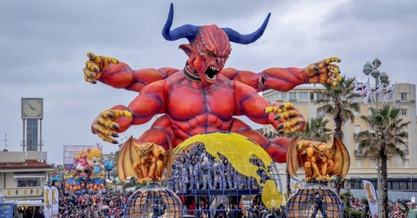 Week end tra amici partire in maschera per il carnevale for Idee per carri di carnevale semplici